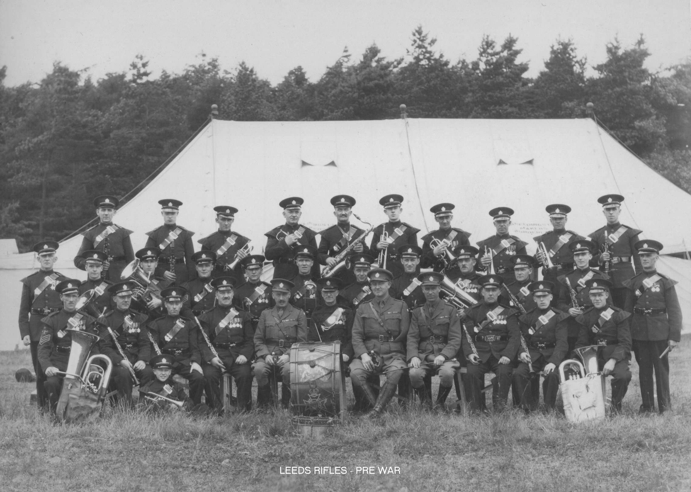 Leeds Rifles - Pre War.jpg